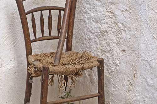 rempaillage et cannage de chaises et fauteuils par votre tapissier rempailleur dans le rh ne. Black Bedroom Furniture Sets. Home Design Ideas
